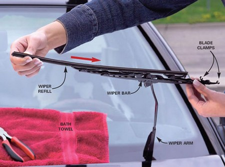 Replace Windshield Wiper Blade at How to Change Windshield Wiper Blade