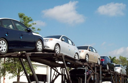 Car Delivery with Shipping at Choosing a Car Delivery Company