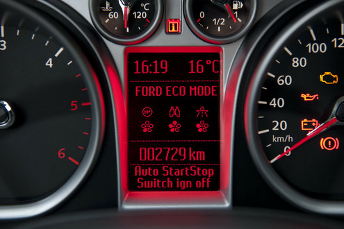 Ford Focus ECOnetic 3 at Ford Focus Econetic aims at 74.2mpg and 99g/km CO2