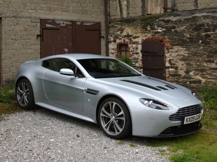 2011 aston martin v12 vantage u.s. pricing