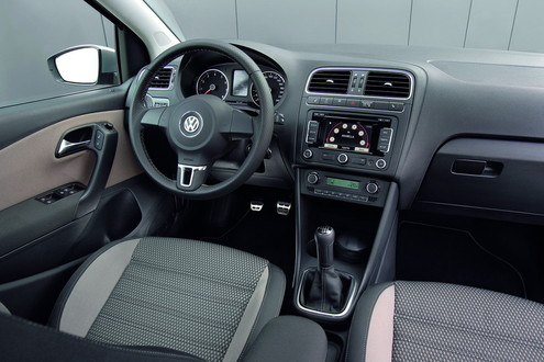 2011 vw crosspolo 5 at 2011 Volkswagen CrossPolo
