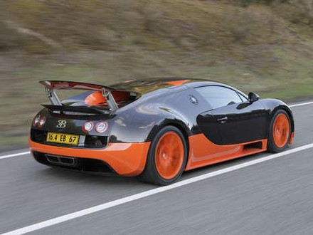bugatti veyron supersport 4 at First Pictures: 1200 hp Bugatti Veyron Supersport