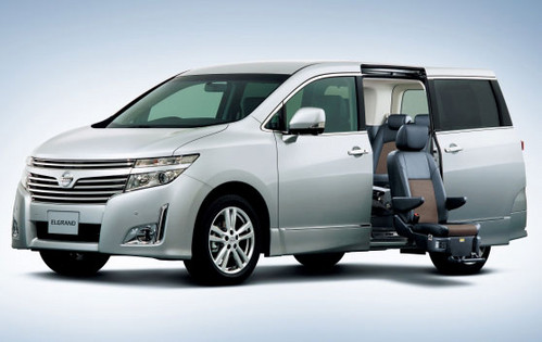 2011 Nissan Elgrand Luxury Minivan
