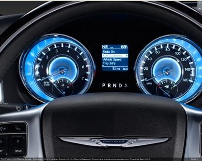 Lone Star Dodge >> 2011 Chrysler 300 Interior Revealed