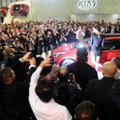 irina shayk istambul kia ceed 03 175x175 at Irina Shayk obfuscates the Kia Pro Ceed 2013