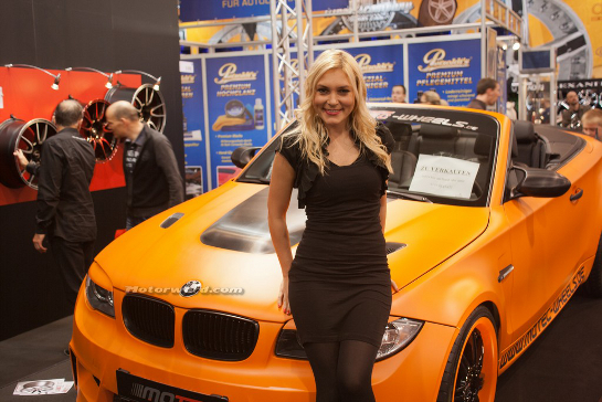 2012 Essen Motor Show Girls Top at 2012 Essen Motor Show Girls