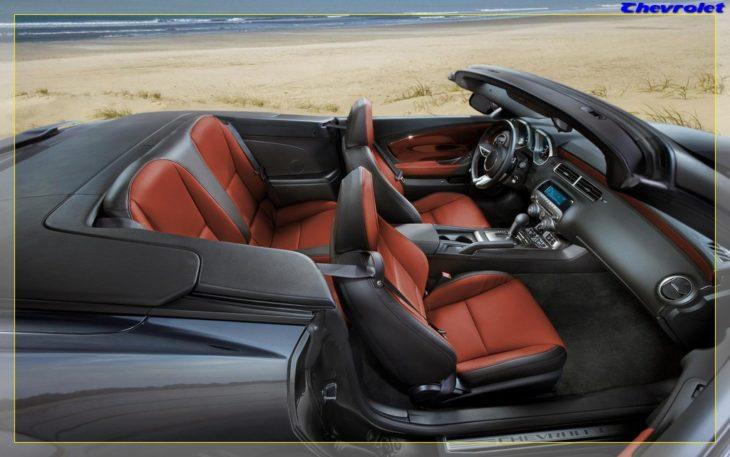 2011-chevrolet-camaro-convertible-interior-2