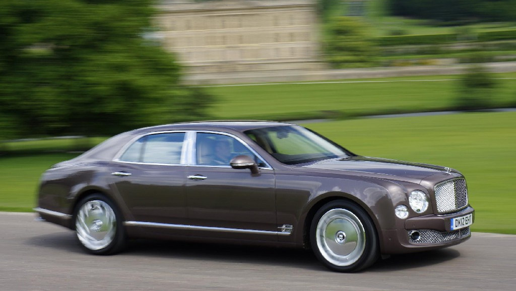 Bentley Mulsanne Update 1 at Bentley Mulsanne Updated with More Luxury