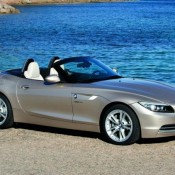 new 2010 bmw z4 175x175 at 2009 BMW Z4 Review   still behind the Merc