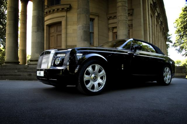 project kahn rolls royce drophead coupe 5 at Project Kahn tweakes Rolls Royce Drophead