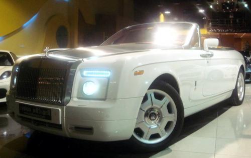 rr drophead uae at Rolls Royce sells like hot cake in middle east!