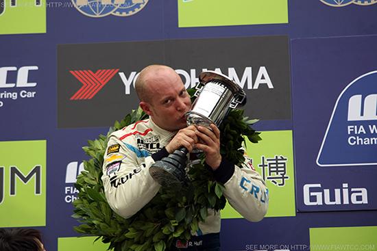Huff at 2013 FIA World Touring Car Championship (WTCC)