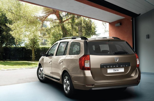 Dacia Logan MCV 2 600x394 at Dacia Logan MCV Priced from £6,995 in the UK