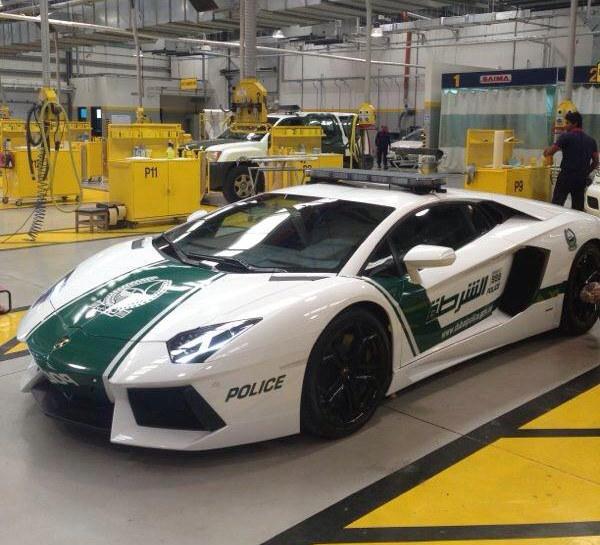 Lamborghini Aventador Patrol Car 3 at Dubai Police Gets Lamborghini Aventador Patrol Car