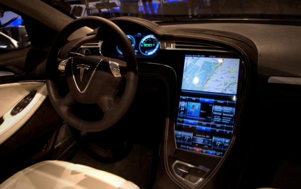 tesla model s interior 17 screen 600x378 at How Technology is Revolutionizing the Way We Drive