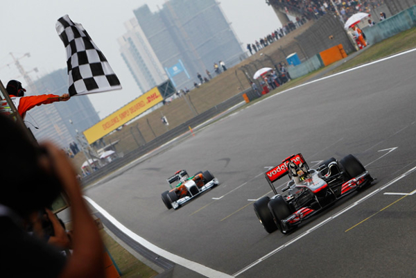 formula 1 finish line at Tightest Race Finishes in F1 History