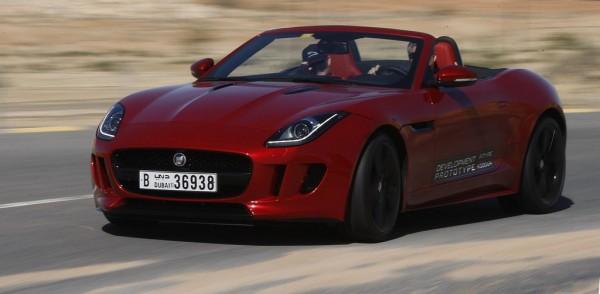 jaguar test facility dubai 600x294 at JLR Opens Hot Weather Testing Center in Dubai