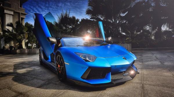 DMC Halfbreed 02 600x335 at Pictorial: Matte Blue DMC Lamborghini Aventador