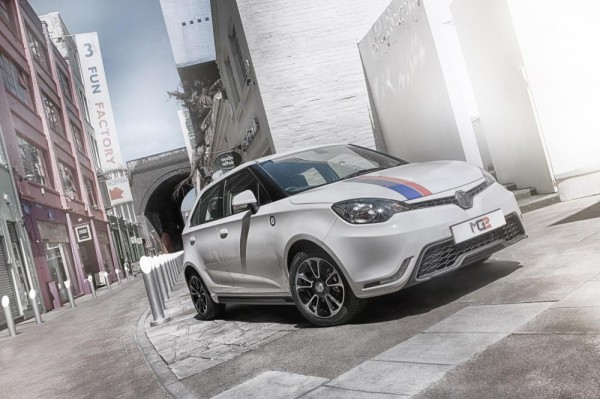 MG3 1 600x399 at 2014 MG3 Makes UK Debut