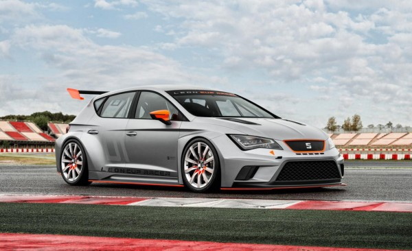SEAT Leon Cup 2 600x366 at SEAT Leon Cup To Set Goodwood Ablaze