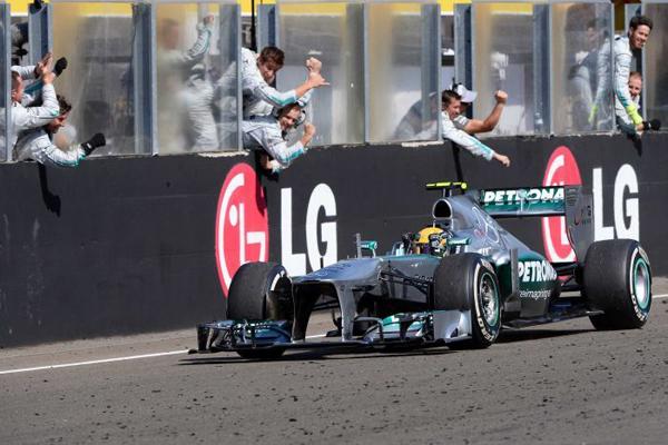 hungary10 at Hamilton Finally Wins In Hungary