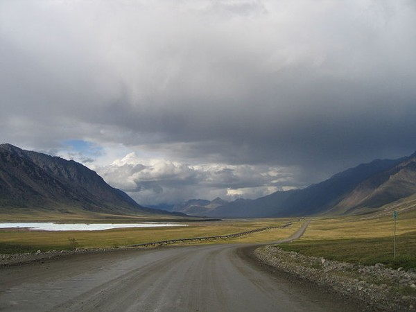 James Dalton Highway 600x450 at The Top 10 Most Dangerous Roads To Drive In America