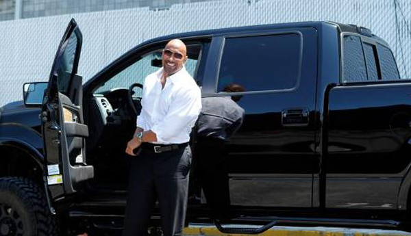 Who Owns Range Rover >> Hollywood's Highest Paid Actors And Their Rides