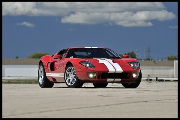 2005 Ford GT 600x400 at 1963 Corvette Stingray Sells for $1.5 Million at Mecum Auction