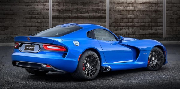 Competition Blue Viper 2 600x297 at Competition Blue Wins SRT Viper Color Contest