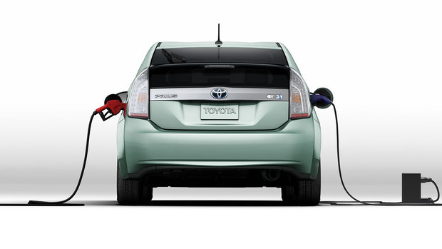 prius charging at The 2014 Prius Plug in: What to Know