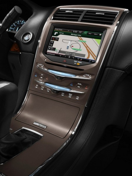14MKX 030 Center Stack OA New Screen HR 450x600 at Tree Based Interior for 2014 Lincoln MKX