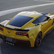 2015 Corvette Z06 Leak 2 175x175 at 2015 Corvette Z06 Officially Unveiled: NAIAS 2014