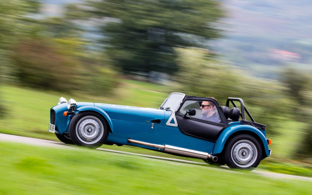 Caterham Seven 160 10 at 57 mpg Caterham Seven 160 Enters Production