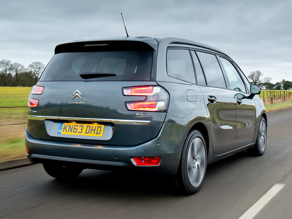citroen grand c4 picasso uk pricing and specs. Black Bedroom Furniture Sets. Home Design Ideas