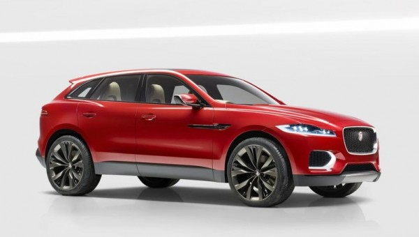 Jaguar C X17 Red 0 600x340 at Jaguar C X17 SUV Shows Up at Brussels Auto Show in Red