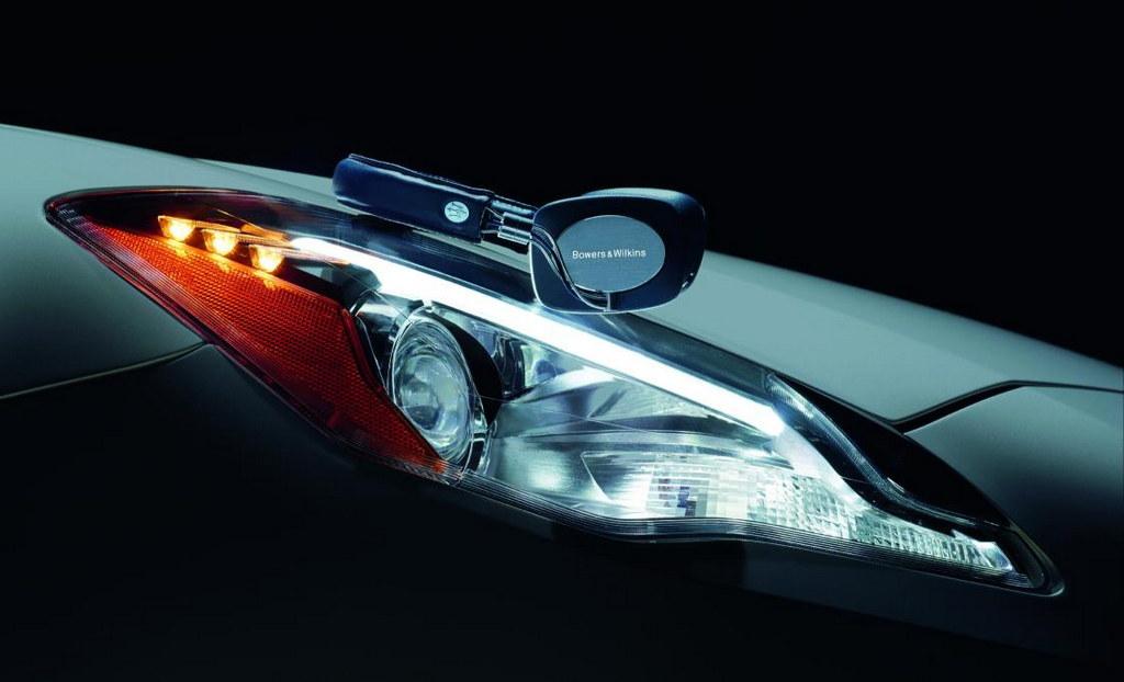 Maserati Headphones 1 at Bowers & Wilkins Reveals Maserati Headphones