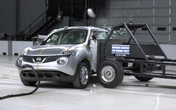 Side impact tests 600x375 at All You Need to Know About Crash Tests