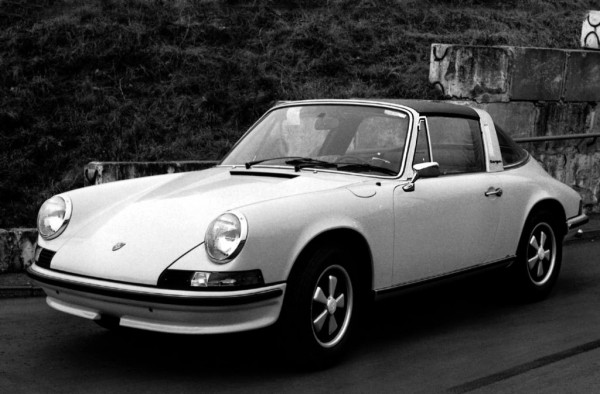 Porsche 911 Targa 901 600x394 at The History of a Legend: Porsche 911