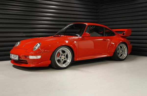 Porsche 993 600x393 at The History of a Legend: Porsche 911