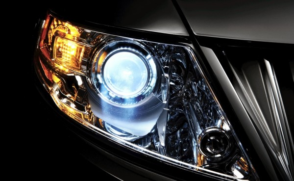 Xenon headlamps 600x369 at 10 Features We Won't See on Tomorrow's Cars