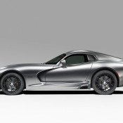 srt viper gts anodized carbon 2 175x175 at SRT Viper Time Attack Anodized Carbon Edition Revealed