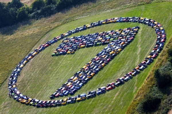 Caterham Seven Gathering 1 600x400 at Large Caterham Seven Gathering to Assemble at Throckmorton