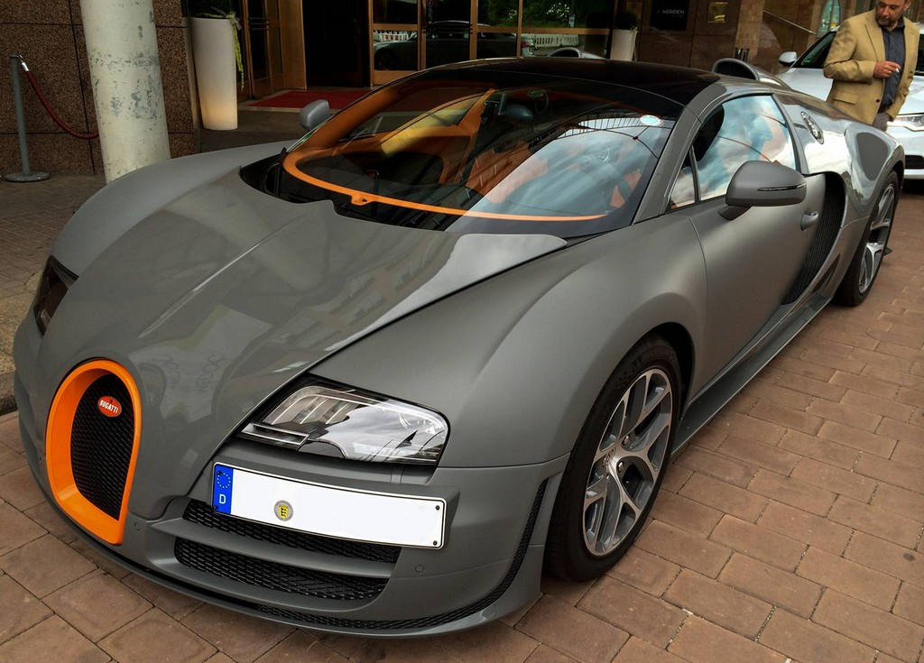 Matte Grey Bugatti Veyron Vitesse together with Production Figures in addition Plymouth Pc together with Truck moreover S L. on dodge paint color chart
