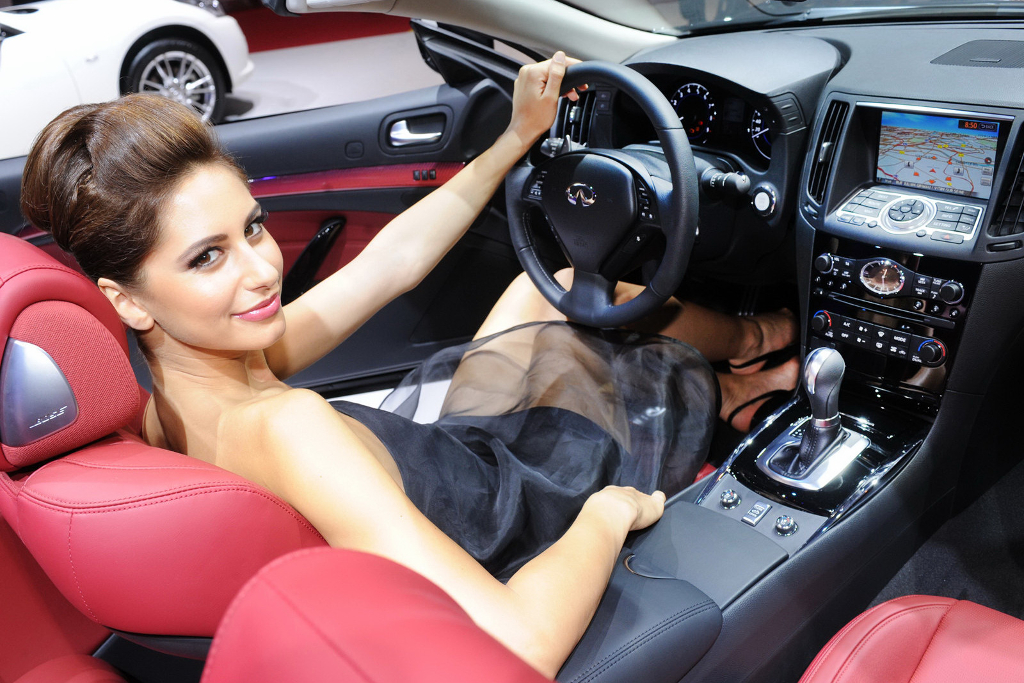 female car enthusiast at Trendy Gifts To A Female Car Enthusiast
