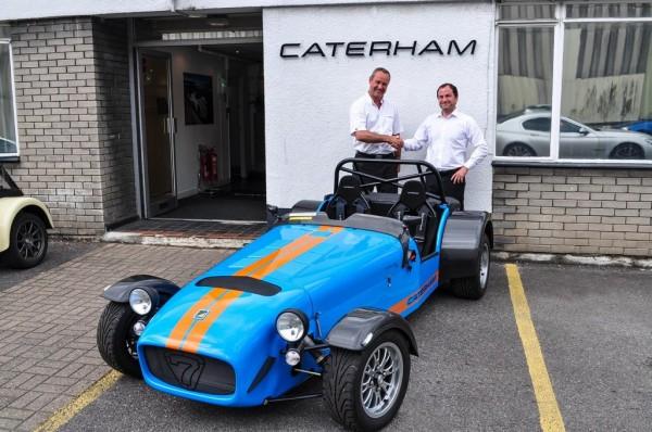Caterham Superlight R500 1 600x398 at Last Caterham Superlight R500 Looks Sad!