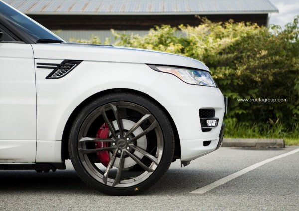 Range Rover on 24s 5 600x424 at Range Rover Sport Looks Sublime on 24s