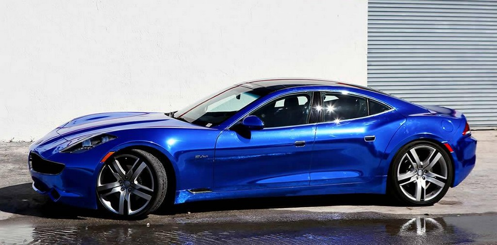 blue chrome fisker 0 at Blue Chrome Fisker Karma by Metro Wrapz