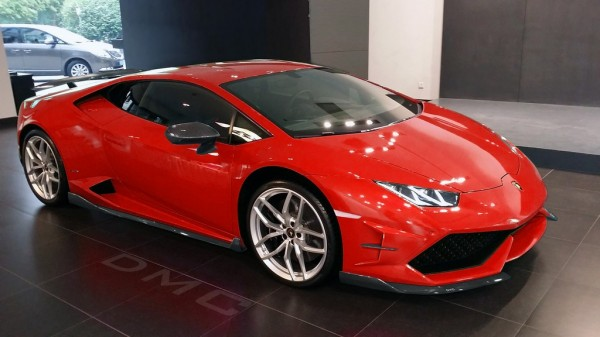 dmc affari live 2 600x337 at DMC Lamborghini Huracan Affari In the Flesh
