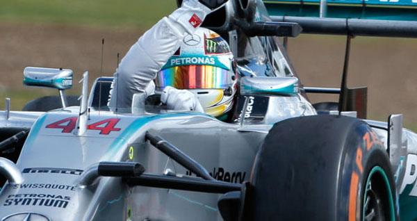 silverstone1 at Silverstone 2014: Hamilton Triumphant, Rosberg Out
