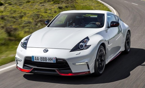 2015 Nissan 370Z Nismo 0 600x366 at 2015 Nissan 370Z Nismo Launches in Europe